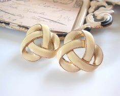 Vintage Large Vanilla Cream Enamel Gold Tone Celtic by erisjewels