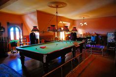 About the Cool Craigdarroch Castle - Victoria, British Columbia - News - Bubblews Victoria Bc Canada, Victoria British Columbia, Billiard Pool Table, Billiards Pool, Best Pool Tables, Pool Table Lighting, Slanted Ceiling, Cool Pools, Fashion Room