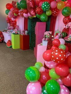 Watermelon Birthday Parties, One In A Melon, Summer Treats, Birthdays, Cake, Party Ideas, Party, Anniversaries, Kuchen