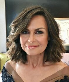 A list of every makeup product Lisa Wilkinson put on her face at the Logies. — Mamamia News Lisa Wilkinson, Medium Hair Styles, Long Hair Styles, Beauty Regime, Glowing Skin, Hair Inspo, Wedding Makeup, Natural Makeup, New Hair