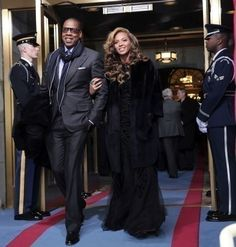 <p>The Mrs. Carter World Tour and deals with H