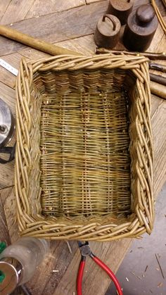 My very first cornered basket