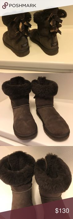 Uggs Bailey bow nearly new Lovely chocolate brown with ribbons in the back. Worn once or twice with socks inside in excellent condition Uggs Shoes
