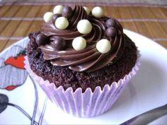 Receita de Cupcake amanteigado de chocolate com Nutella - Tudo Gostoso
