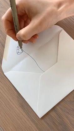 Fun Diy Crafts, Arts And Crafts, Paper Crafts, Diy Paper, Pen Pal Letters, Envelope Art, Diy Canvas Art, Diy Art, Diy For Kids