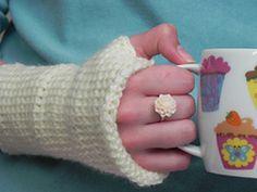 Ravelry: Simple Beginners Tunisian Crochet Fingerless Gloves pattern by Amy Barrett