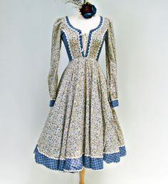 Vintage 1970s Blue Calico Gunne Sax Dress