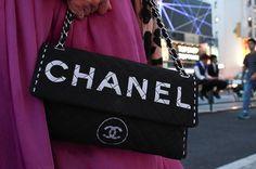 Brand:CHANEL   More photo at:  http://www.fashionsnap.com/streetsnap/2012-06-27/17028/#