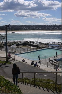 View of the rock pool and Dee Why beach, Sydney