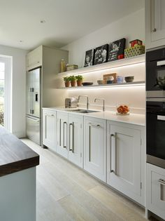 www.harveyjones.com #kitchens #kitchenstorage #kitchenideas #harveyjones #handmade