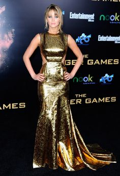 Loved Jennifer Lawrence's Prabel Gurung Gold Cutout dress!