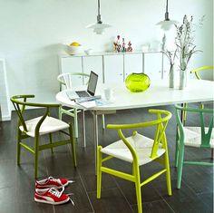CH24 (Wishbone or Y chair), Hans Wegner. Carl Hansen