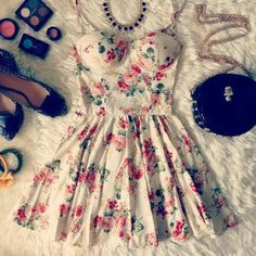 Daily New Fashion : Cute Floral Print Dress