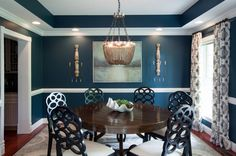 I'm in love with these dining room chairs Waterfront Home - traditional - Dining Room - Baltimore - Elizabeth Reich Dark Wood Dining Table, Dining Table Chairs, Round Dining Table, A Table, Room Chairs, Dining Room Colors, Dining Room Wall Decor, Dining Room Design, Room Decor