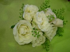 Small rose corsage