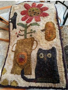 A little hooked rug for a swap . I used Cheri Payne designs from my pattern stash. Rug Hooking Designs, Rug Hooking Patterns, Hand Hooked Rugs, Primitive Hooked Rugs, Hook Punch, Cat Flowers, Flower Bird, Childrens Sewing Patterns, Penny Rugs