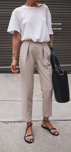 Style Désinvolte Chic, Style Casual, Casual Looks, Casual Mode, Classy Casual, Trendy Style, Look Fashion, Trendy Fashion, Fashion Trends