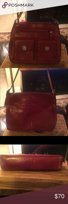 Wilson leather Barely used Wilson Leather handbag. Wilsons Leather Bags
