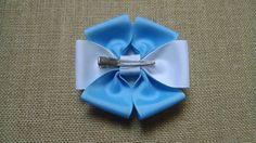 Azul Hairbow Hairbow collares de flores por GloriaMillerCreation