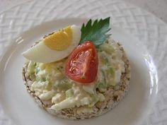 Cottage nátierka s vajíčkami No Salt Recipes, Mashed Potatoes, Good Food, Eggs, Cottage, Chicken, Breakfast, Ethnic Recipes, Fitness