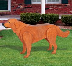 3D Life-Size Golden Retriever Wood Pattern This realistic-looking life-size Golden Retriever will colorfully decorate a deck, yard or garden area. #diy #woodcraftpatterns