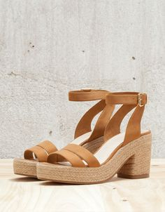 size 40 1a34e 042c1 View All - WOMAN - Shoes - Bershka Indonesia Low Heel Sandals, Low Heels,