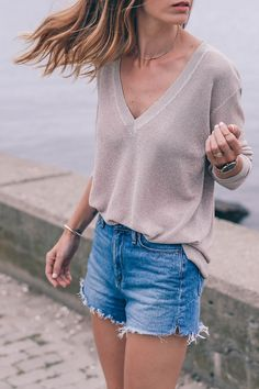 METALLIC SWEATER AND SUEDE MULES