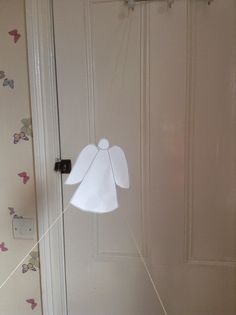 Flame: Creative Children's Ministry: Jacob's Ladder Ascending Angel Craft and Prayer Activity