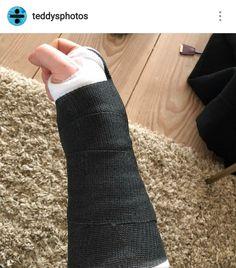 Poor Ed  hope he gets better soon ❤️