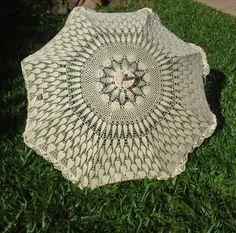 Sombrinha em crochet  L'Anne Criações