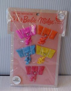 Vintage Barbie Pak Color Coordinates Cluth Open Toe Shoes | It was fun to play with the coordinating shoes and purses.