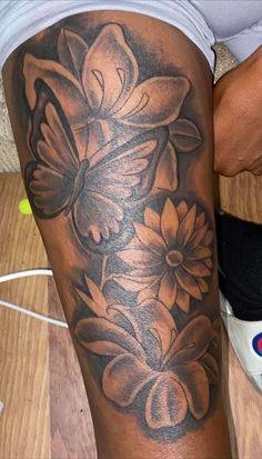 Thigh Tattoos For Girls, Cute Thigh Tattoos, Unique Tattoos For Women, Black Girls With Tattoos, Girl Arm Tattoos, Hand Tattoos For Women, Bff Tattoos, Stomach Tattoos, Girly Tattoos