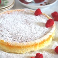 Condensed Milk Cheesecake – Woman Scribbles Condensed milk cheesecake is a light cake with a very pleasing cheese flavor from the cream cheese without being too rich. Philipinische Desserts, Filipino Desserts, Dessert Recipes, Dessert Tarts, Condensed Milk Cheesecake Recipes, Condensed Milk Desserts, Delicious Cake Recipes, Yummy Cakes, Milk Recipes