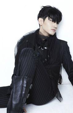 TVXQ! Catch Me album's photos #changmin <3