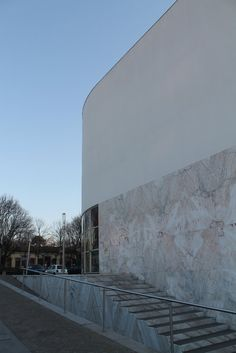 Fotos de Arquitectura Moderna: Banco Borges & Irmão, Portugal - Siza Vieira
