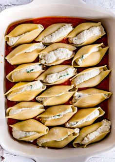 Delicious Stuffed Shells are the perfect easy, weeknight dinner. Jumbo pasta shells are stuffed with a smooth, creamy, cheesy filling flavored with fresh herbs and baked to absolute perfection. // Mom On Timeout Easy Stuffed Shells, Jumbo Pasta Shells, Cheese Stuffed Shells, Cottage Cheese Pasta, Cottage Cheese Recipes, Best Pasta Recipes, Pasta Dinner Recipes, Top Recipes, Ideas