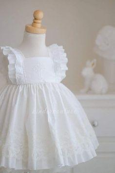 13 White Lace Flower Girl Dresses For Summer Wedding | Misdress Dresses Kids Girl, Little Girl Dresses, Kids Outfits, Flower Girl Dresses, Dress Girl, Vintage Baby Dresses, Baptism Dress, Christening Gowns, Baby Dress Design