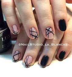 Nail design black and natural