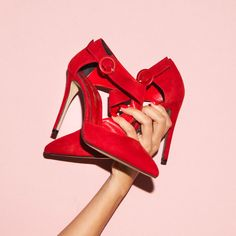 SANTE pointed toe with oblique ankle strap because details make difference! Stay Classy, Pumps, Heels, Red Shoes, Color Trends, Red Color, Ankle Strap, Stylish, Festive