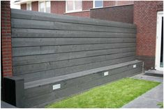 If I could add this wall with seating, that would be AWESOME! Back Gardens, Small Gardens, Outdoor Gardens, Dream Garden, Home And Garden, Outdoor Living, Outdoor Decor, Garden Fencing, Garden Projects