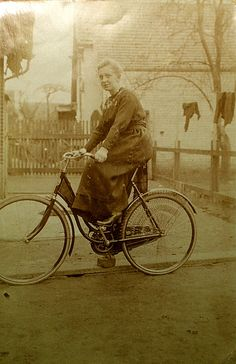 Vintage Everyday lets ride