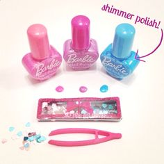 Dolls, what do you think of these mani must-haves from our new #Barbie Beauty Closet? Shimmer nail polish + nail jewels = two times the sparkle!