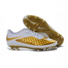 huge selection of bd5fa 5a00e Nike Hypervenom Phantom FG a synthetic Nikeskin upper with all conditions  control technology ensures superior ball feel and handling in any weather.