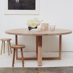 Round-Table-with-stools-1-of-1-679x1024.jpg