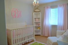 Pink and gray nursery with a elegant touch. #pink #baby #nursery