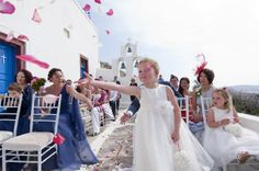 At Thermes Villas you will find the best scenery for a romantic Santorini Wedding, Villas, Getting Married, Scenery, Flower Girl Dresses, Romantic, Wedding Dresses, Beauty, Fashion