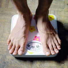 man-feet-scale-diabetes-400x400