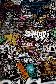 Zephyr street art 1970 environ Art environ Street Zephyr is part of Graffiti wallpaper - Sticker Bomb Wallpaper, Graffiti Wallpaper Iphone, Pop Art Wallpaper, Trippy Wallpaper, Aesthetic Iphone Wallpaper, Galaxy Wallpaper, Aesthetic Wallpapers, Hippie Wallpaper, Wallpaper Gallery