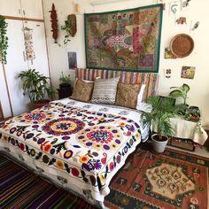 Bohemian house decor home ideas beach interior decorating Bohemian Style Bedding, Bohemian Bedroom Decor, Bohemian House, Home Decor Bedroom, Bohemian Interior, Bohemian Room, Bedroom Ideas, Modern Bedroom, Hippie House Decor