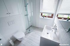 Biała łazienka w skandynawskim stylu. - zdjęcie od Kwadraton - Łazienka - Styl…